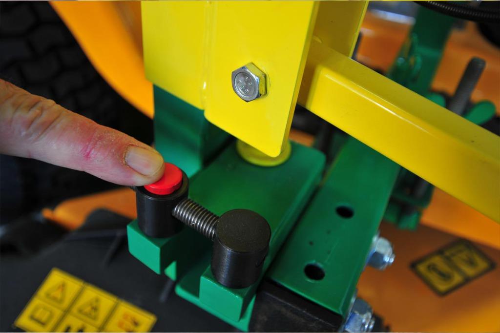 pouss-bloque-taille-haie-bras-porte-outils-bupo-02