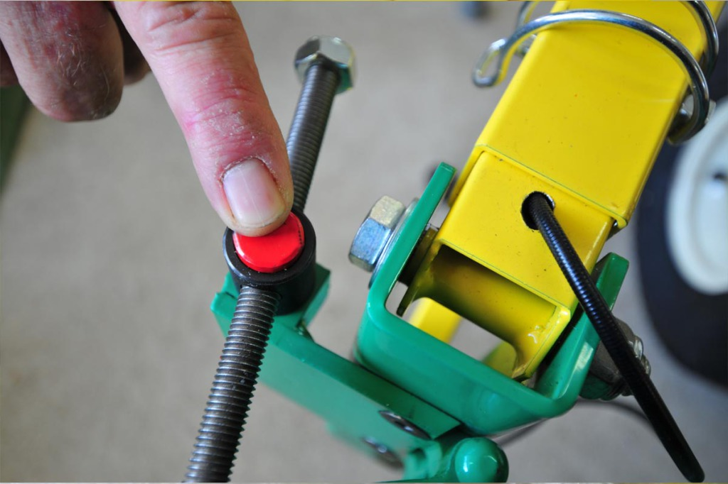 pouss-bloque-taille-haie-bras-porte-outils-bupo