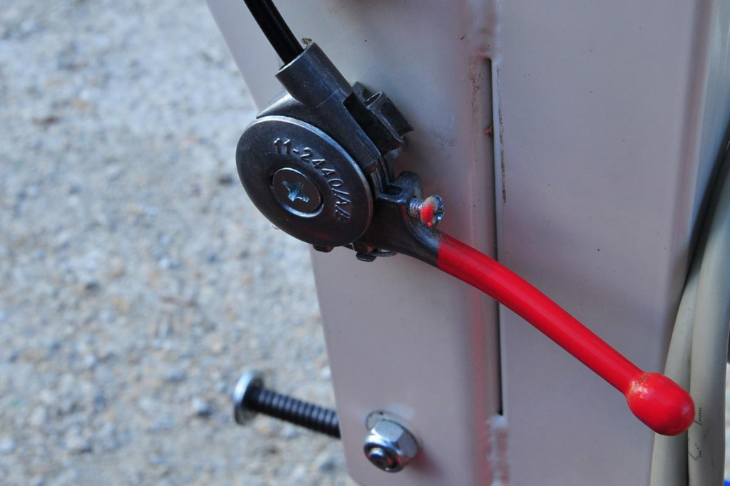 telecommande-accelerateur--taille-haie-bras-porte-outils-bupo